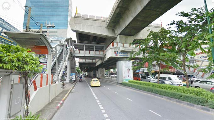 Sanam Pao BTS Station (Click to Enter Street View)